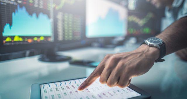 Internetowa wymiana walut dla firm, czyli jak można zaoszczędzić?