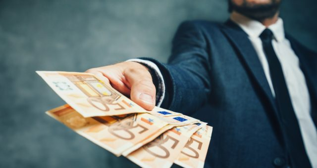 Przedsiębiorco – wymień walutę bez wizyty w kantorze lub banku